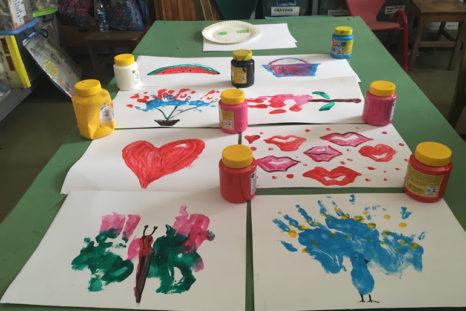 """Kleine Kunstwerke unserer """"Special Needs"""" Kinder"""